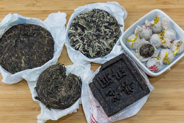 puerh cakes and bricks